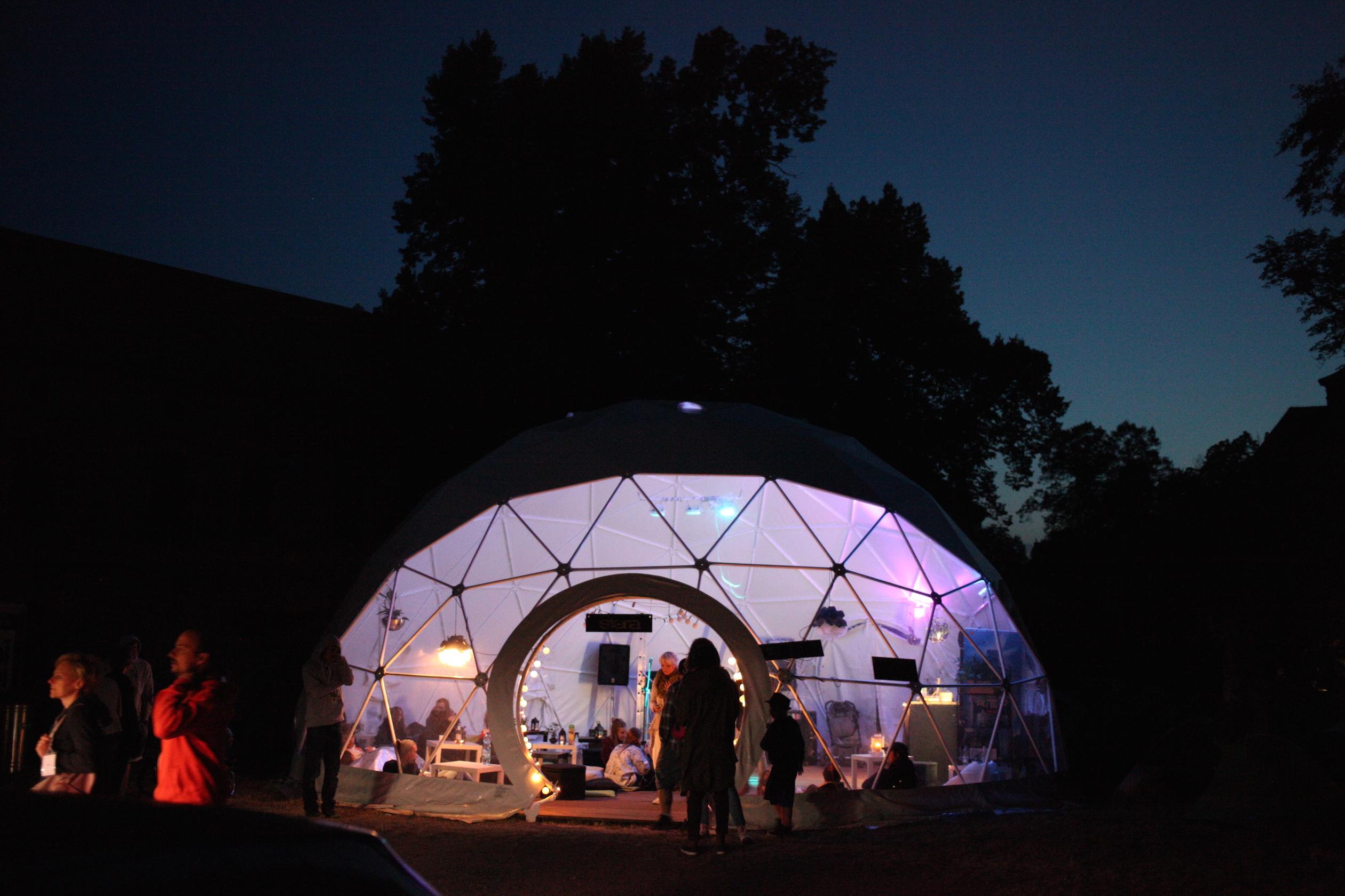 Фестиваль эротикон 2004 в польше 24 фотография